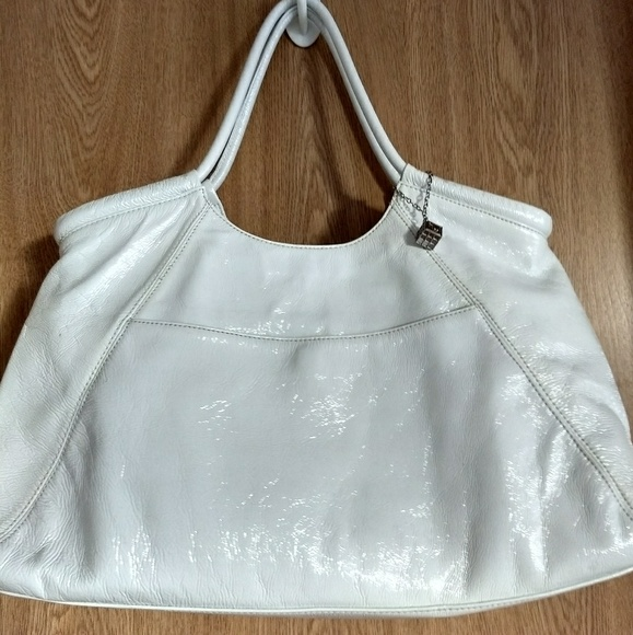 Helen Welsh Handbags - Beautiful Patent Leather Hobo Tote